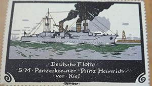 Kriegsschiffe wurden in der damalgigen Zeit häufiger auf Reklamemarken gedruckt.